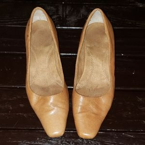 Women's Nude A2 By Aerosoles Square Toe Heels